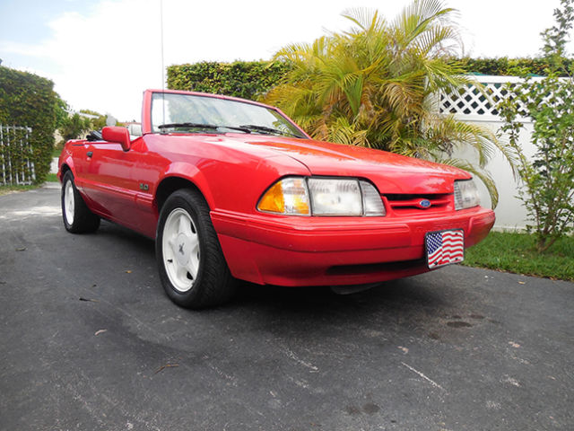 1992 Ford Mustang Summer Edition