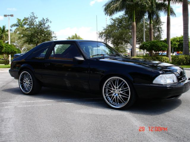1992 Ford Mustang LX 50 Hatchback for sale photos technical