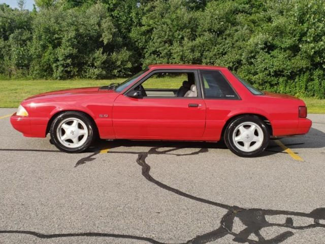 1992 Ford Mustang 5.0 NOTCHBACK