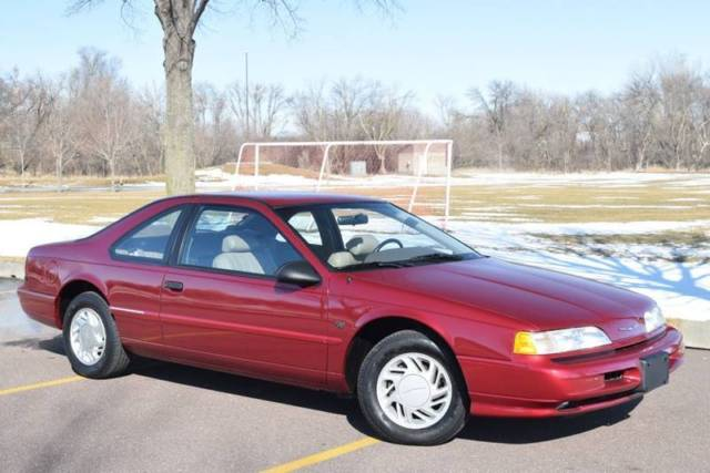 1992 Ford Thunderbird Sport 2dr Coupe