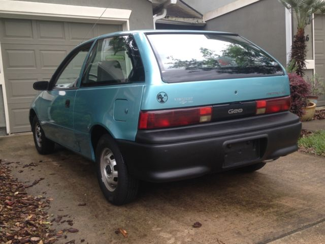 1992 Teal Geo Metro XFi Coupe with Gray interior