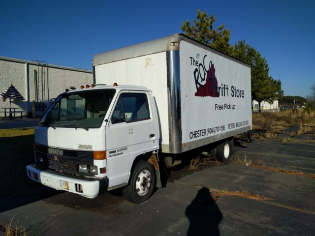 1992 Isuzu NPR Box Truck for sale: photos, technical