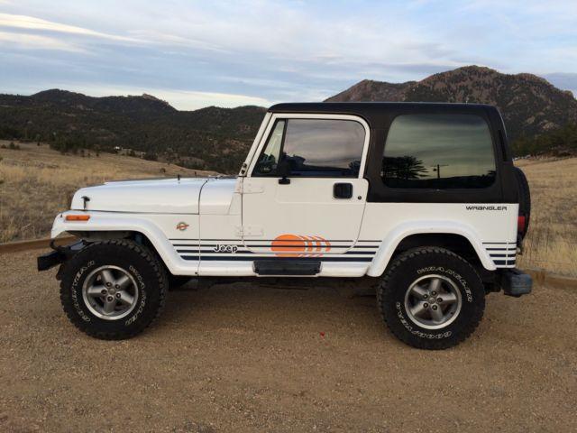 1992 Jeep Wrangler Islander 4 0l 5spd Hardtop 158k Rust