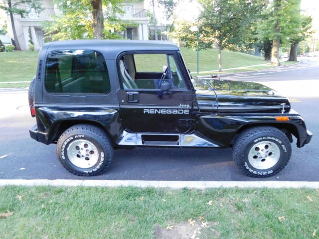 1992 Jeep Wrangler Renegade 4X4 Cold AC Hard Top Soft Top Real Nice Great Price