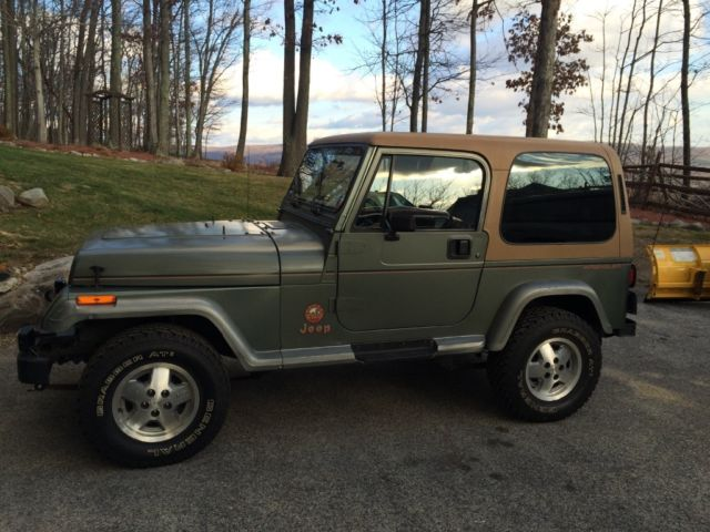1992 jeep wrangler sahara yj for sale photos technical specifications description. Black Bedroom Furniture Sets. Home Design Ideas