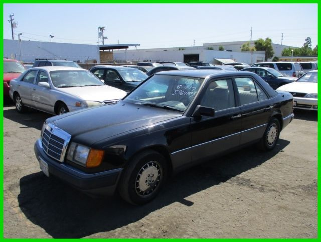 1992 Mercedes-Benz 300-Series 300E 2.6 (STD is Estimated)