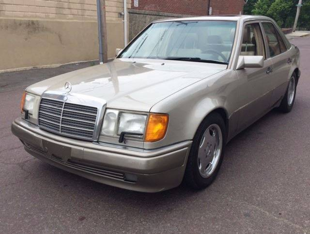 1992 Mercedes-Benz 500-Series 500E Sedan 4-Door Automatic 4-Speed V8 5.0L