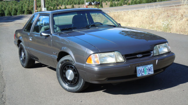1992 Ford Mustang SSP