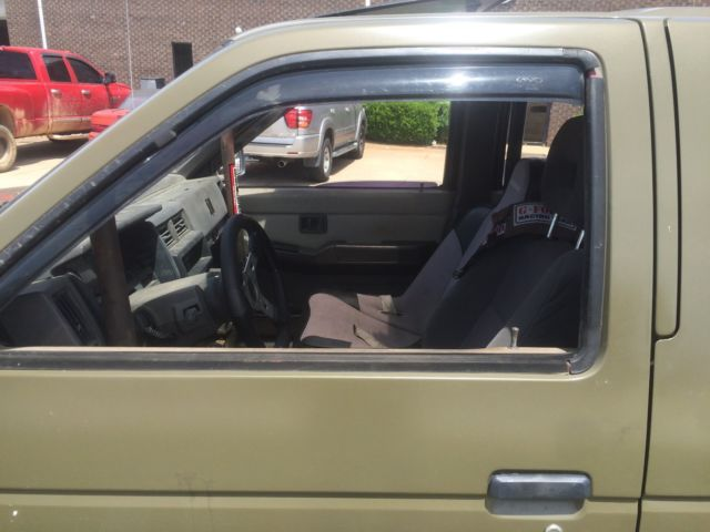 1992 nissan pathfinder modified for off road travel racing for 2002 nissan pathfinder motor oil type
