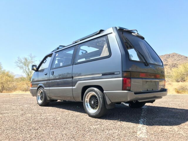 1992 Gray Nissan Other SV Minivan with Blue interior