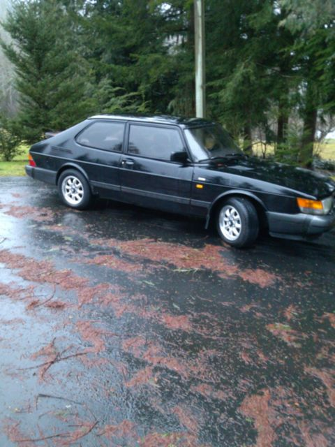 1992 Saab 900 Turbo Hatchback 2-Door
