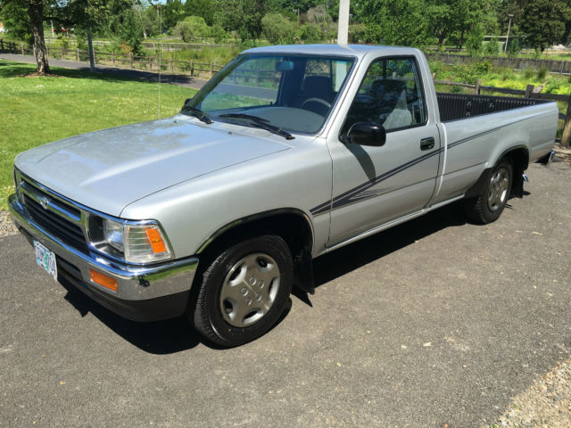 1992 Toyota PICKUP 1992 TOYOTA PICKUP REGULAR CAB DELUXE ONLY 62K