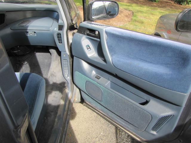 1992 Toyota Previa 3 Door LE All-Trac AWD Passenger Van Good
