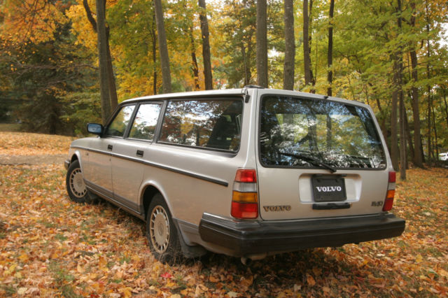 volvo 240 1992 station wagon pros Find great deals on ebay for 1992 volvo 240 wagon shop with confidence.