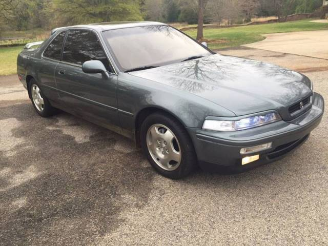 1993 Acura Legend LS 2dr Coupe Coupe 2-Door Manual 6-Speed V6 3.2L
