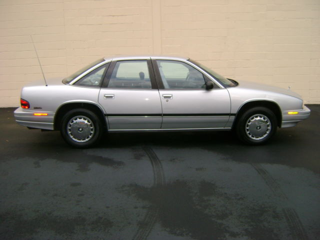 1993 Buick Regal 4dr Custom