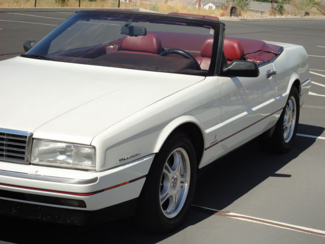 1993 Cadillac Allante 2 seat convertible in excellent condition for