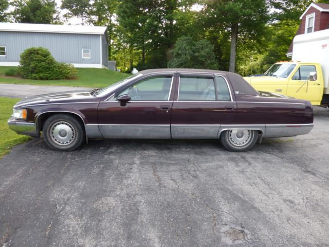 1993 cadillac fleetwood brougham parts or fix for sale