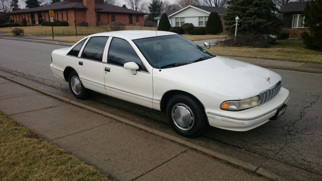1993 chevrolet caprice police package for sale photos technical specifications description. Black Bedroom Furniture Sets. Home Design Ideas