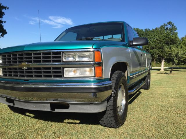 1993 chevrolet silverado z 71 103k miles nice truck for sale photos technical specifications. Black Bedroom Furniture Sets. Home Design Ideas