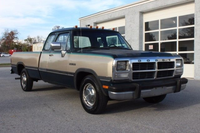 1993 Dodge Ram 2500 Club Cab 8-ft. Bed 2WD
