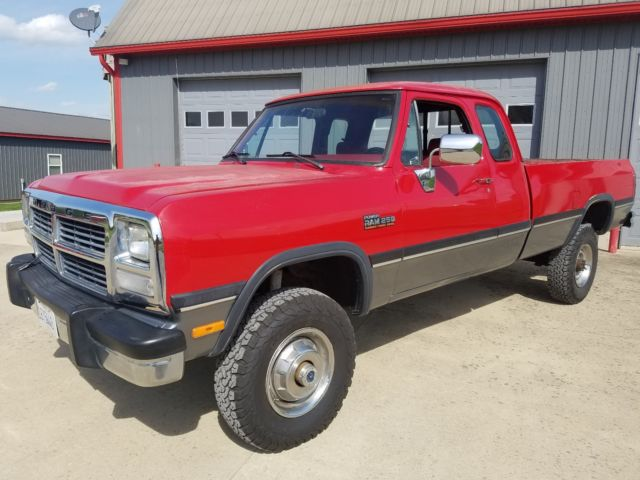 1993 dodge power ram 250 pickup cummins turbo diesel for sale photos technical specifications. Black Bedroom Furniture Sets. Home Design Ideas