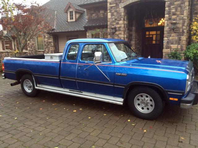 1993 dodge ram d250 club cab 12valve cummins diesel first gen only 78k low miles for sale. Black Bedroom Furniture Sets. Home Design Ideas