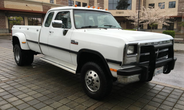 1993 Dodge Ram 3500 1993 Dodge ram D350 Cummings diesel 1ton dually4x4