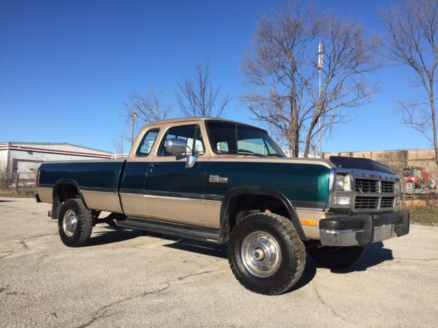 1993 dodge w250 4x4 cummins turbo diesel rust free 1st gen no reserve for sale photos. Black Bedroom Furniture Sets. Home Design Ideas
