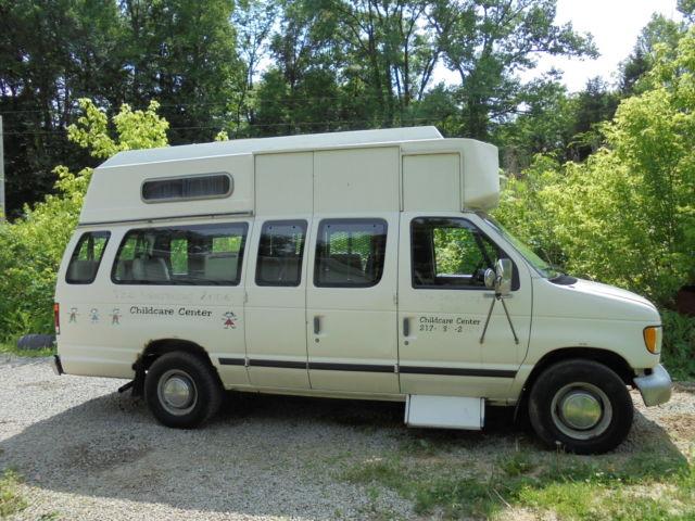 1993 FORD Econoline E350 Hightop Van W/ Braun Wheelchair