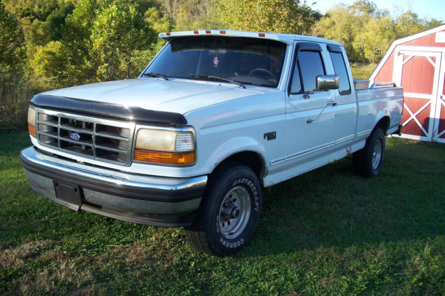 1993 Ford F-150 XLT Extended Cab Pickup 2-Door
