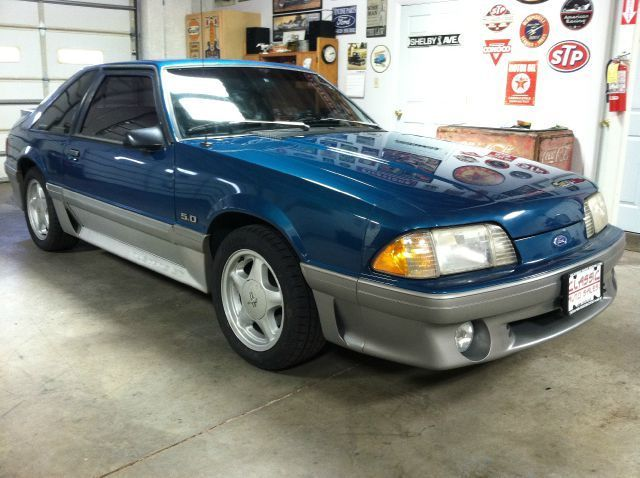 1993 Ford Mustang LX 5.0 Convertible Feature Edition