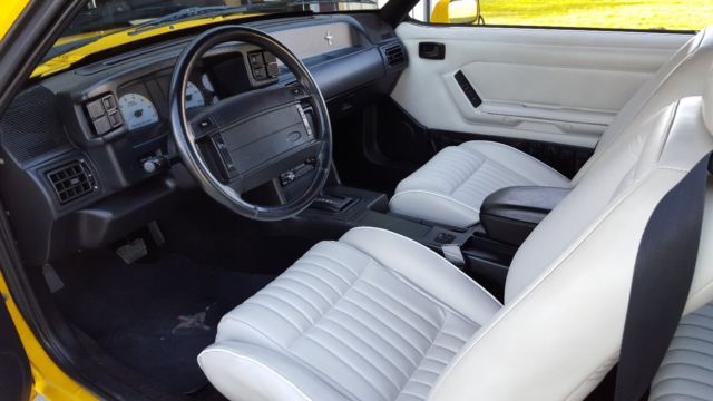 1993 ford mustang feature car 5 0 auto  for sale: photos