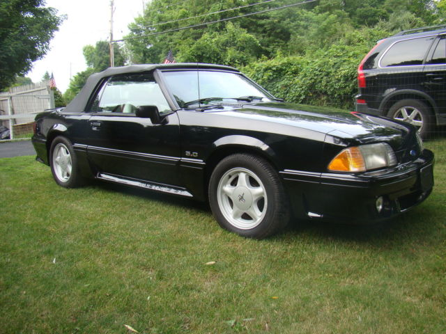 1993 Ford Mustang 2dr GT Conve