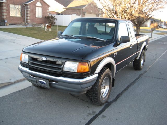 1993 Black Ford Ranger SUPER CAB 4X4 Extended Cab Pickup with Gray interior