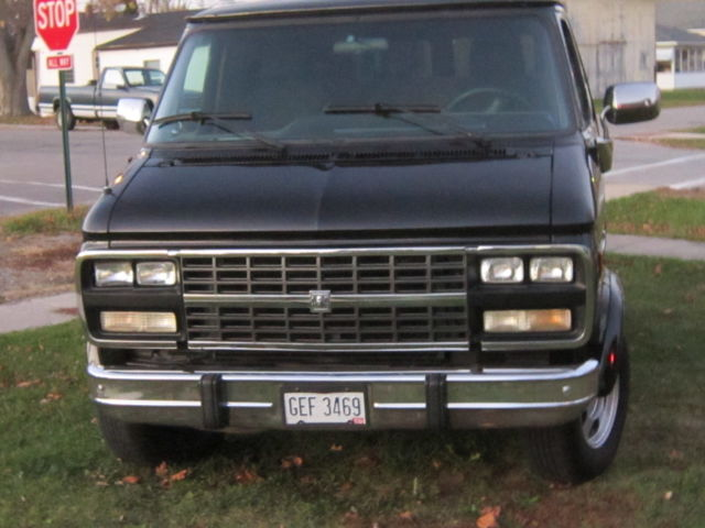 1993 gmc vandura 2500 short wheel base for sale photos. Black Bedroom Furniture Sets. Home Design Ideas