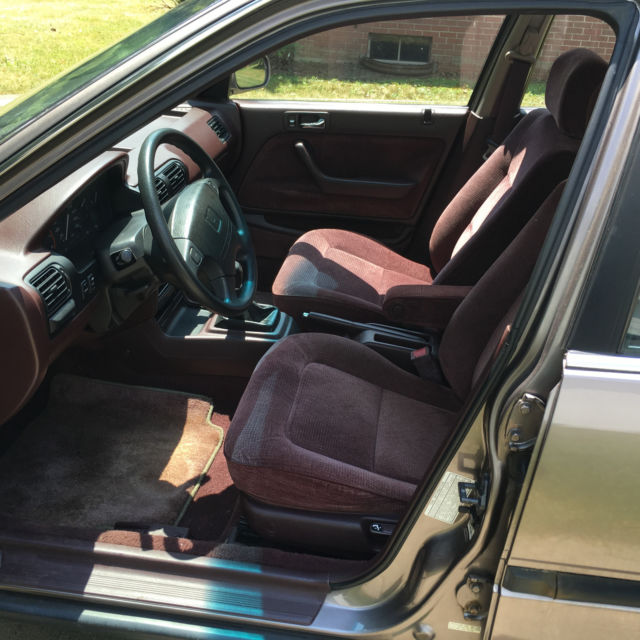 Classic 1993 Honda Accord EX, 5 Speed Manual For Sale