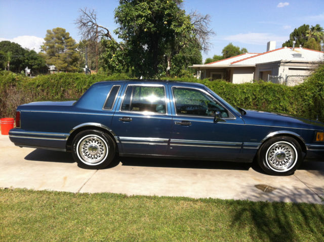 1993 Lincoln Town Car Signature Series For Sale Photos Technical