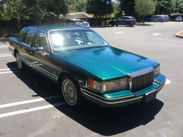 1993 Lincoln Town Car Signature Series Jack Nicklaus Edition 46 000