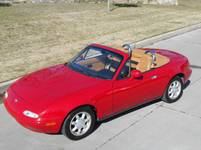 1993 Mazda MX-5 Miata Limited Convertible 2-Door Manual 5-Speed I4 1.6L