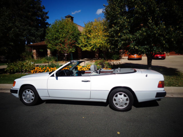 1993 Mercedes-Benz 300-Series 300CE Cabriolet  ( 3.2 Straight Six Engine)
