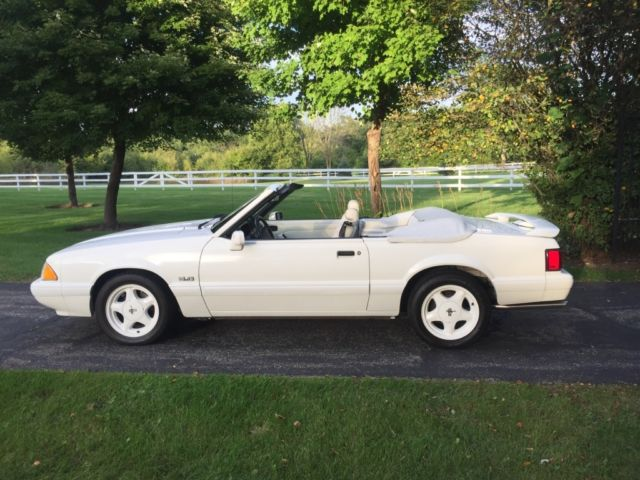 1993 Ford Mustang LX 5.0 Feature Car