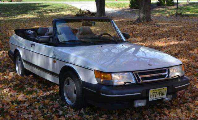 1993 Saab 900 Turbo Convertible 2 Door 0l White Automatic