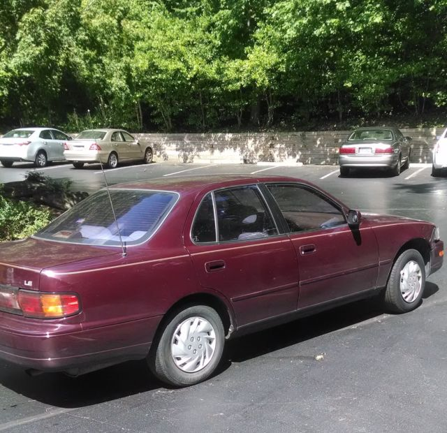 1993 Toyota Camry Le Burgundy Only 97k Miles In