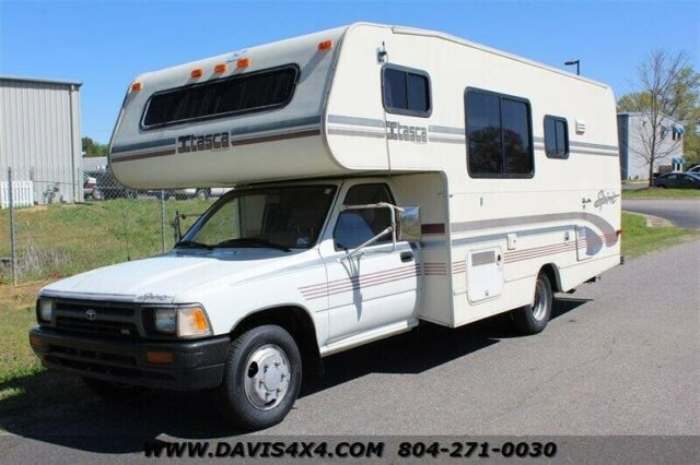 1993 Toyota MOTORHOME Spirit by Itasca made by Winnebago
