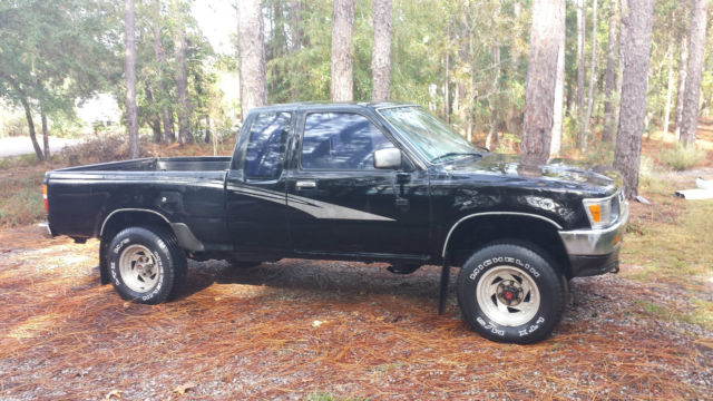 1993 toyota pickup dlx extended cab 4wd pickup 2 door 2 4l for sale photos technical. Black Bedroom Furniture Sets. Home Design Ideas