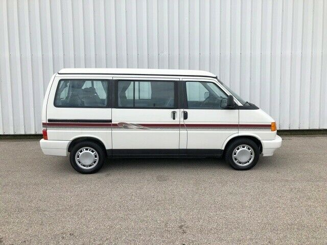 1993 White Volkswagen EuroVan MV -- with Gray interior