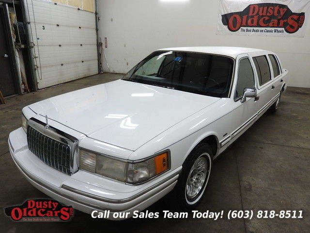 1993 Lincoln Town Car Executive Runs Drives Body Interior Good