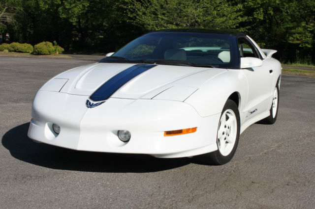 1994 Pontiac Trans Am 25th Anniversary Edition, Rare 6-Speed, 19k miles