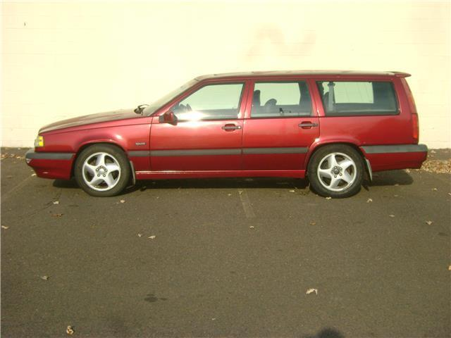 1994 Volvo 850 WAGON ***AS IS*** RUN AND DRIVES MECHANIC SPECIAL!